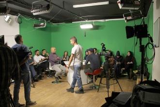 Exercice commun entre le  groupe animation et présentation TV et le groupe assistant réalisateur